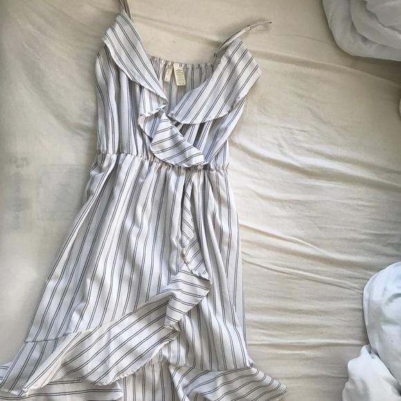 Dresses & Skirts - ❌ SOLD ❌ Striped Dress